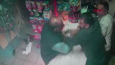 Sultangazi'de, akraba marketçiler arasında silahlı müşteri kapma kavgası