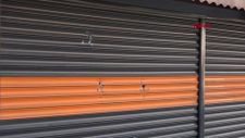 Sultangazi'de taciz şüphelisinin marketi kurşunlandı
