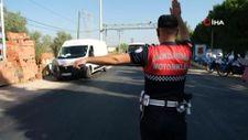 Manisa Yunusemre'de jandarmadan dolmuşlarda sivil denetim