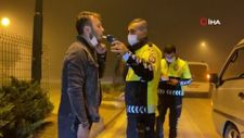 Bursa'da alkollü adam aracında sızdı