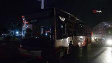İzmir'de tır ile otobüs çarpıştı
