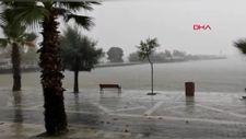 Silivri'de dolu yağışı