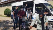 Erzincan'da 16 göçmen yakalandı