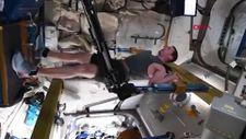Fransız astronotun uzayda egzersiz yaptığı anlar