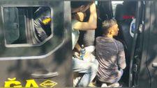 Sultangazi'de minibüste 19 kaçak göçmen yakalandı