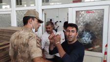 Şanlıurfa'da işten çıkarılan 2 işçi, güvenliği rehin aldı