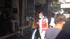 Şanlıurfa'da, sağlıkçılardan megafonlu aşı çağrısı