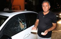 Denizli'de alkollü genç, otomobilleri taşa tuttu