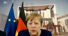 Angela Merkel'in ilginç anları