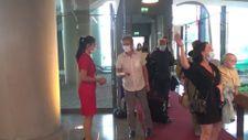 İngiltere'den gelen ilk turist kafilesi, Dalaman Havalimanı'na indi