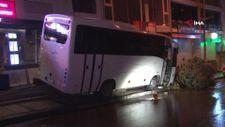 İstanbul'da minibüsün altında kalan genç yaşamını yitirdi