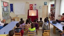 Kırşehir'de okul müdürü, kovid-19 tedbirlerini Karagöz oyunuyla anlatıyor