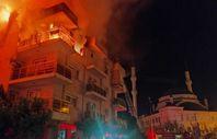 Aydın'da öfkeli koca evini ateşe verdi