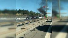 İstanbul'da seyir halindeki motosiklette yangın çıktI