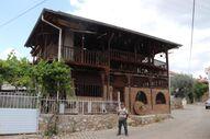 Denizli'de baba ocağına dönen gurbetçi, köyüne müze kurdu