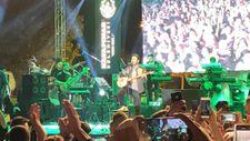 Mustafa Ceceli Diyarbakır'da Kürtçe şarkılar seslendirdi