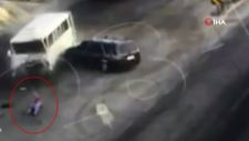 Afyonkarahisar'da tırın, minibüs ve otomobile çarptığı kaza kamerada