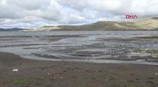 Çıldır Gölü'nde sular çekildi, balıkçılar olumsuz etkilendi