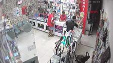 Esenyurt'ta, telefoncudaki hırsızlık anları kamerada