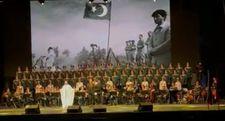 Haluk Levent, Rus Aleksandrov Kızılordu Korosu ile konser verdi