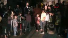 Diyarbakır'da sayaçların elektrik direklerine bağlanmasını protesto ettiler