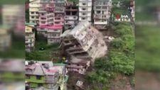 Hindistan'da 8 katlı bina, heyelan sonrası yıkıldı