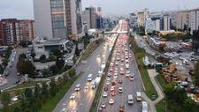 İstanbul'da haftanın son iş günü yoğun trafik