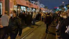 İstanbul'da iş çıkışı topu taşıma araçlarında yoğunluk
