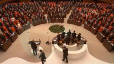 HDP, Meclis'te İstiklal Marşı'na eşlik etmedi