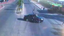 Antalya'da motosiklet ile otomobil çarpıştı