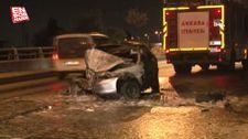 Ankara'da üst geçidin ayağına çarpan otomobilin sürücüsü yanarak öldü