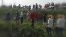 Hindistan'da çiftçilerin protestosunda 8 kişi öldü