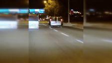 Gaziantep'te trafik magandaları, iki araç arasında yolculuk yaptı