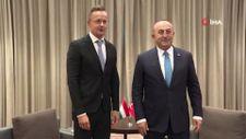 Bakan Çavuşoğlu, Macaristan Dışişleri Bakanı Szijjarto ile görüştü