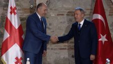 Hulusi Akar, Gürcistan Savunma Bakanı Burculadze ile görüştü