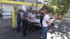 Antalya'da çaldıkları otomobillerin plakasını söken hırsızlar aranıyor