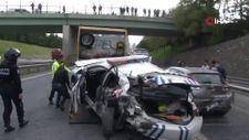 Ataşehir'de otomobil, trafik polisine çarptı: 2 yaralı