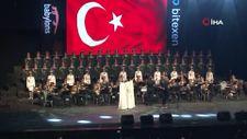 Haluk Levent, Rus Kızılordu Korosu ile Konya'da sahne aldı