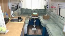 İzmir'de yaşayan iki kız kardeşin yaptıkları karavan