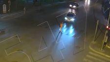 Yaya geçidinde kadına çarpan sürücü, olay yerinden kaçtı