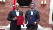 Bakan Çavuşoğlu ile Ukraynalı mevkidaşı, 'İstişareler Planı' imzaladı