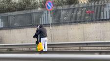 İstanbul'da elektrikli scootera aynı anda binen 3 kişi