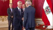 Avusturya'nın yeni Başbakanı Alexander Schallenberg, göreve başladı