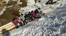 Bitlis'te öğrencilerden internet çağrısı