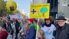Brüksel'de iklim değişikliği protestosu düzenlendi