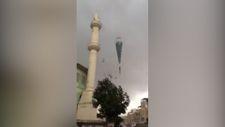 Aydın'da fırtına caminin minaresini yıktı