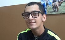 Edirneli serebral palsi hastası Berke, burnu ve ağzı ile 2 üniversite okuyor