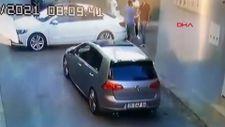 İzmir'de sokak ortasında işlenen cinayetin görüntüsü ortaya çıktı