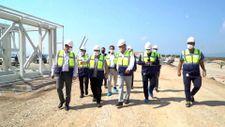 Mustafa Varank, TOGG'un Gemlik'teki üretim tesisinin inşaatını inceledi