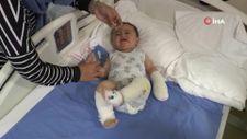 Ağrı'da, 10 aylık bebeğin üzerine çaydanlık devrildi